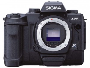 Sigma SD9 front