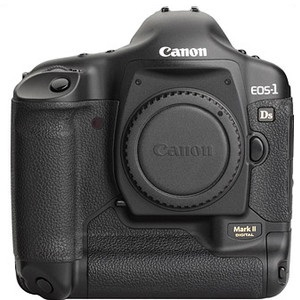 Canon EOS-1Ds Mark II front