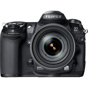Fujifilm FinePix S5 Pro front