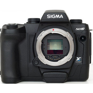 Sigma SD10 front